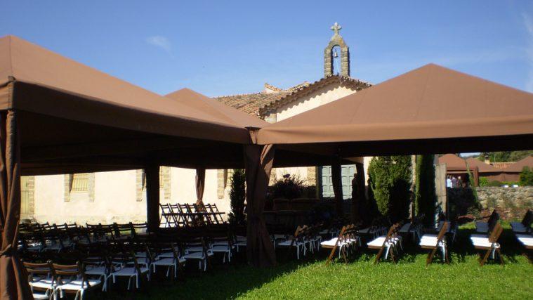 Carpa color marrón para bodas y celebraciones